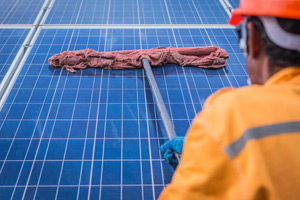 solar panel cleaning company